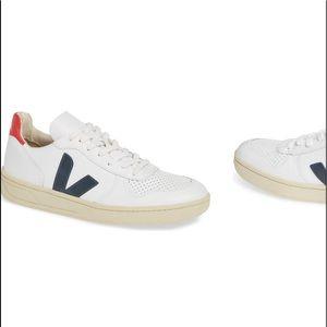 Veja v-10 sneaker 7
